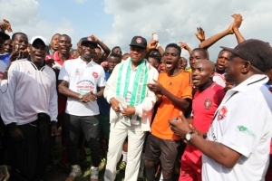 Special Adviser to the President on Niger Delta Affairs and Coordinator of the Presidential Amnesty Programme, Brigadier General Paul Boroh and some beneficiaries during the kick off the